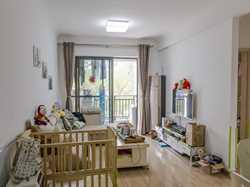 中骏四季阳光精装三房,南北通透户型,产权满二,稳定出售