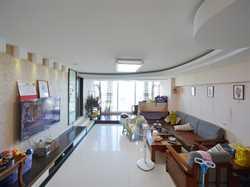 会展  厅带大落地窗  海景三房 易改四房 户型方正 两阳台