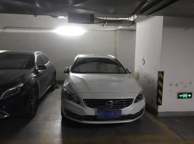 鹭江海景花园 地下车位 方便停车 稳定在售 随时可看 好位置