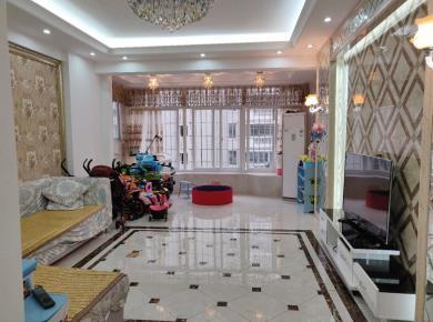 莲前东思明 福满山庄 电梯房 16年新装 客厅、主卧带朝南