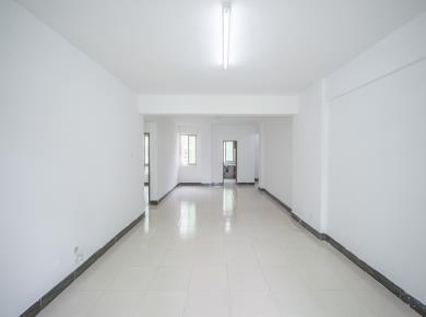 福满山庄4居 电梯高层 小区中庭 三面采光 南北通透