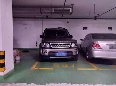 维多利亚 车位 电梯口出处 位置佳 好停车