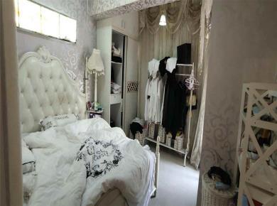 富山现代城 正规一房一厅 婚房装修  拎包入住
