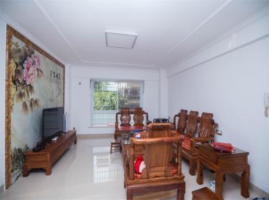 金鸡亭安置房3居,装修豪华拎包入住,空气清新,养老首选