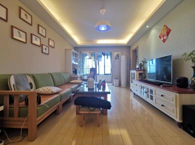 马銮湾片区 万科城高层精装三房出售 满两年 业主置换