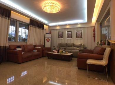 盈翠嘉园124.09平3房2厅2卫1阳台仅售900万