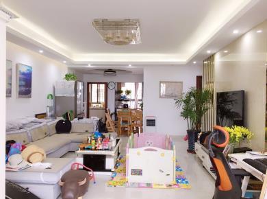 换房优选 美地六里大三房 自住精装修 高层满二 看房方便