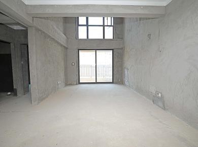 阳光城翡丽湾 经典四房楼中楼 朝南看海 户型方正 产权在手