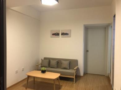 祥店 正规两房 客厅、主卧与次卧均朝南。明厨明卫