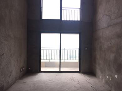 临近翔安隧道口,交通便利,结构方正,南北通透,客厅带阳台