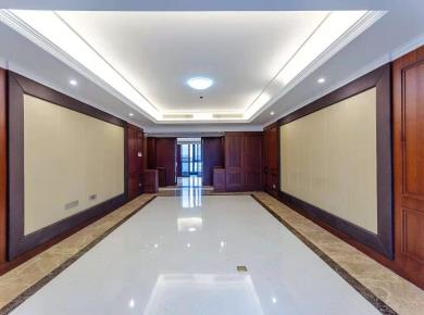 高端小区  3梯2户  享受人生 开发商精装修