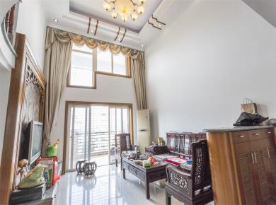 古龙公寓复式5房南北通透,双阳台总价466万