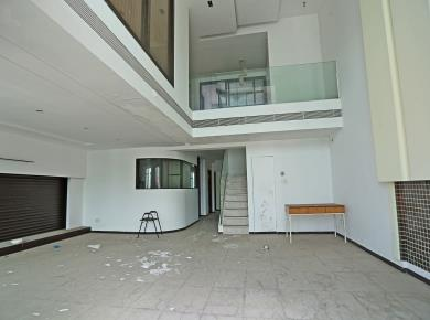 实验二小 电梯高层 楼中楼 送露台 南北通透 户型方正