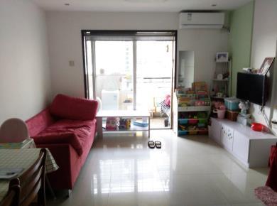 古龙公寓两室两厅买一层送一层